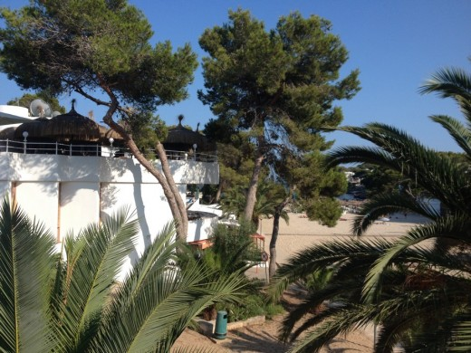 Cala d'Or beach building
