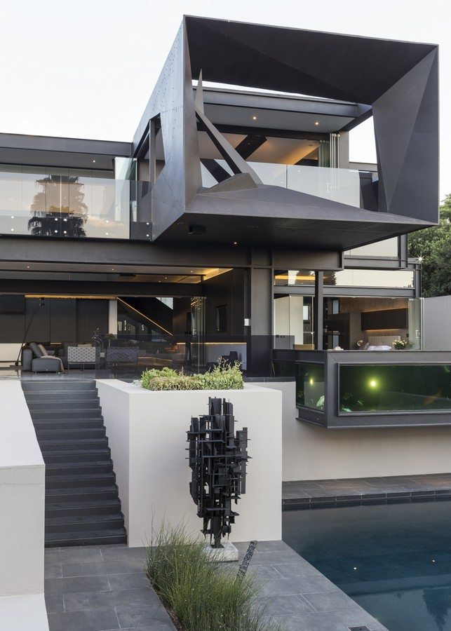 Kloof road house in johannesburg e architect for Architectural design companies in johannesburg