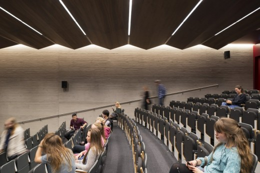 Lighting of the New Student Centre