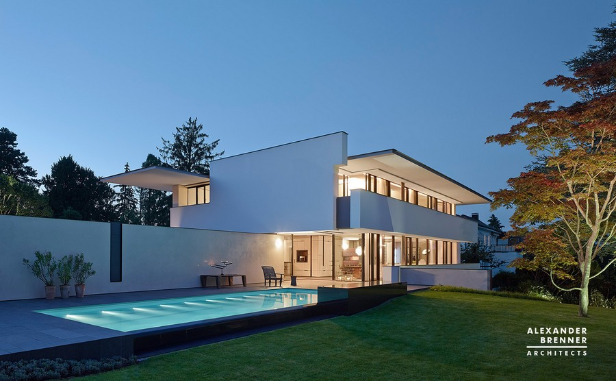 Sol house in stuttgart e architect for Moderne villen grundriss