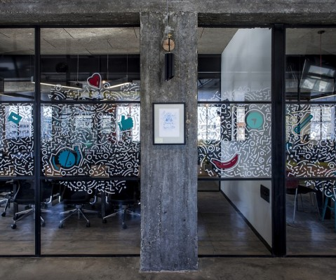 Apester Co-Cycles Offices by Roy David Studio
