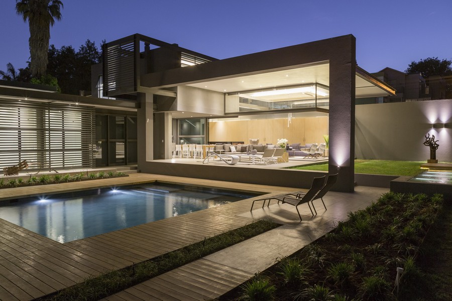 House sar in atholl e architect for Architectural design companies in johannesburg