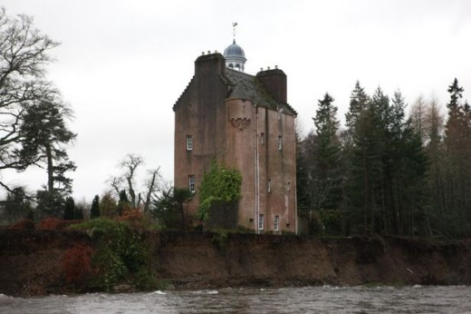 Abergeldie Castle on the River Dee