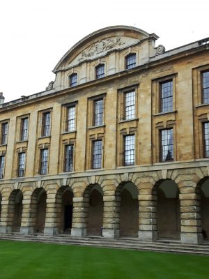 Queen's College Oxford building