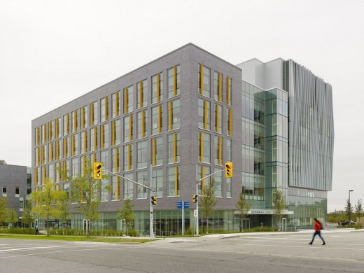U of T Scarborough Environmental Science and Chemistry Building