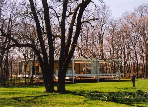 Modern Home in Illinois by Mies van der Rohe