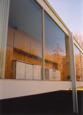 Farnsworth House by Modern architect Mies van der Rohe