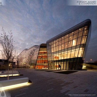 Ice Krakow by Ingarden & Ewý Architects