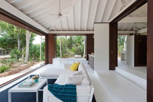Tropical beach house in north queensland e architect for Tropical beach house plans