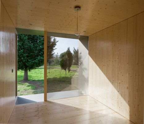 New Portuguese house by MIMA Lab
