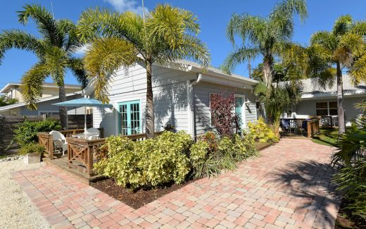 Florida's Sun Coast beach vacation accommodation