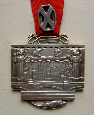 GIA President's chain of office