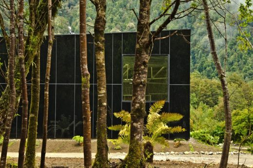 Glacial Water Bottling Plant - Chile Building News