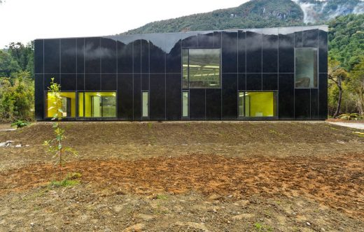 Glacial Water Bottling Plant design by Panorama Arquitectos