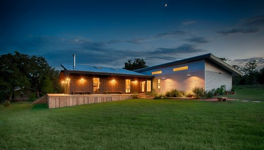 Contemporary Home in Texas