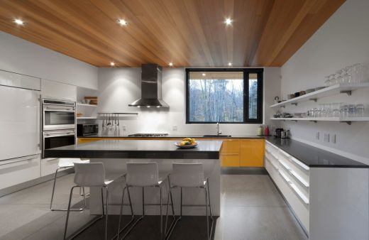 Rosenberry residence in sutton e architect for Best private dining rooms west end