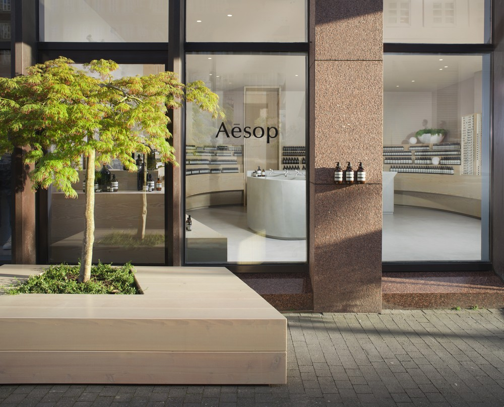 aesop shop in dusseldorf 8 e architect. Black Bedroom Furniture Sets. Home Design Ideas