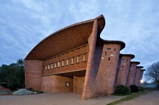 Cristo Obrero Church