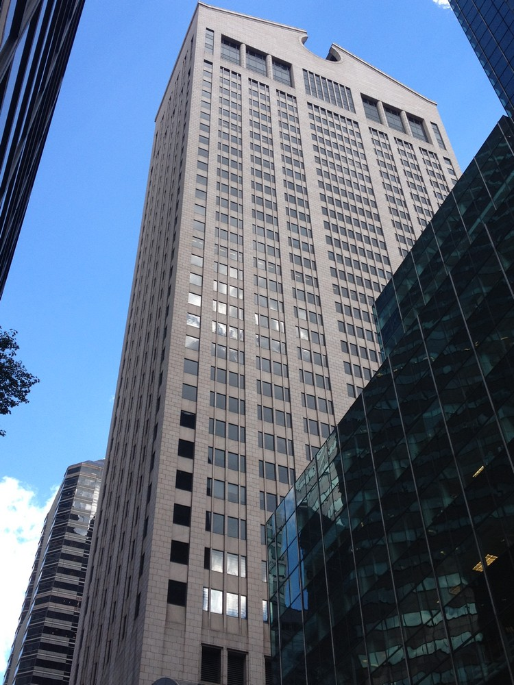 At Amp T Building New York Architect Sony Building E