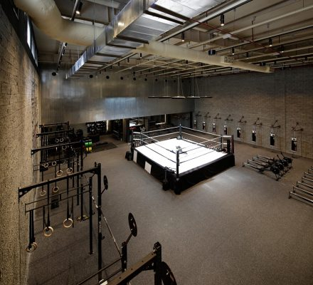 the burrow gym in kuwait  earchitect