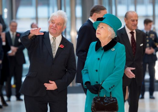 Francis Crick Institute The Queen and Sir Paul Nurse