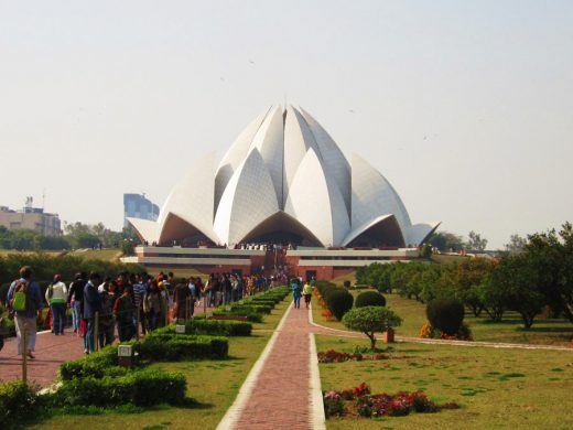 Lotus Temple in Delhi building | www.e-architect.co.uk