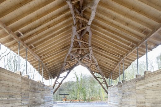 Woodchip Barn Dorset roof structure
