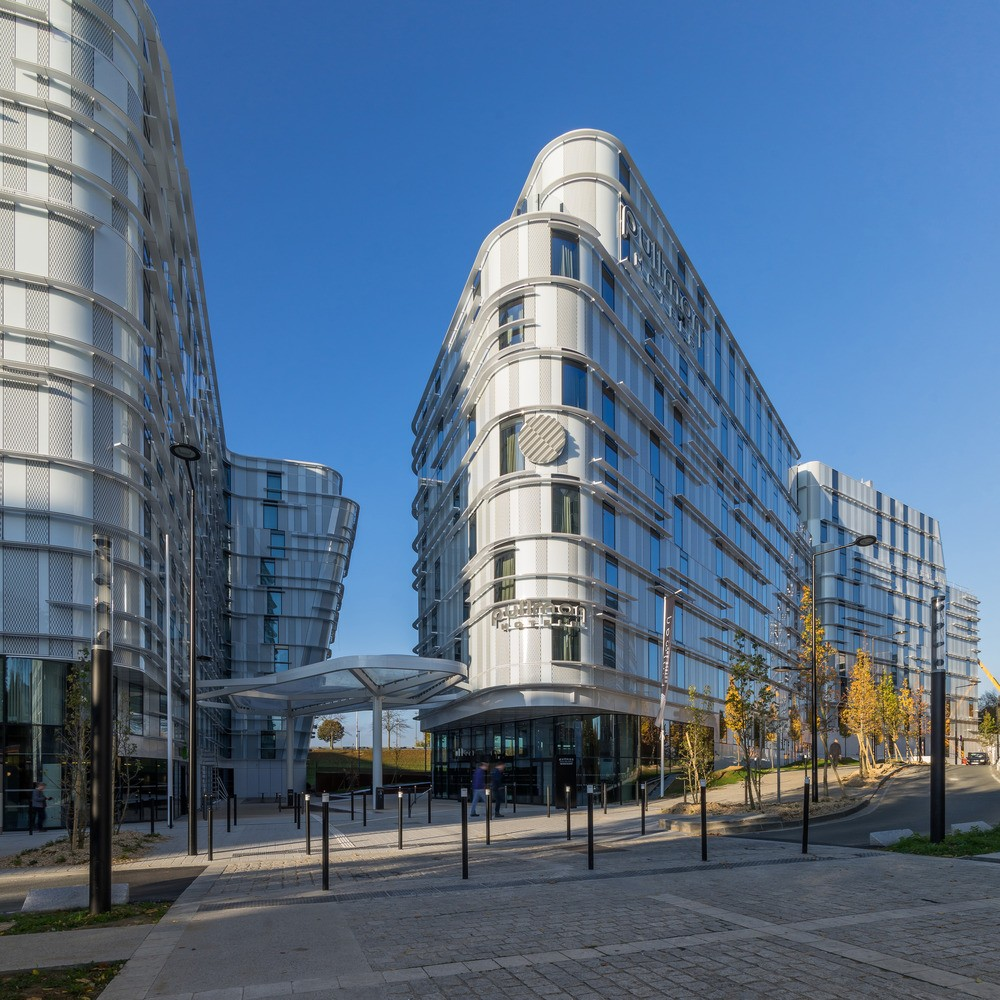 Ibis styles pullman hotels in roissyp le e architect for Pullman hotel