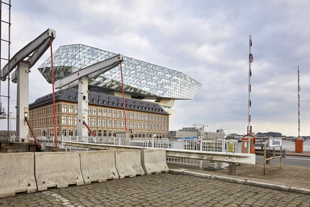 Port House Antwerp By Zaha Hadid Architects E Architect