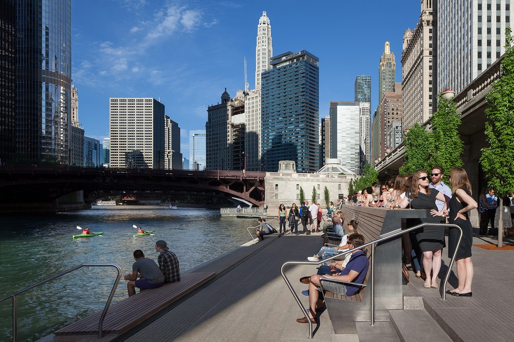 New Report Focuses On Connection >> Chicago Riverwalk - e-architect