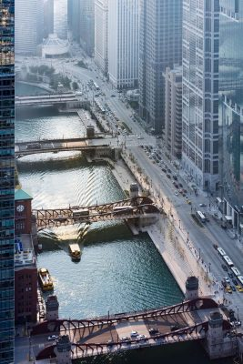 Chicago Riverwalk design by Ross Barney Architects