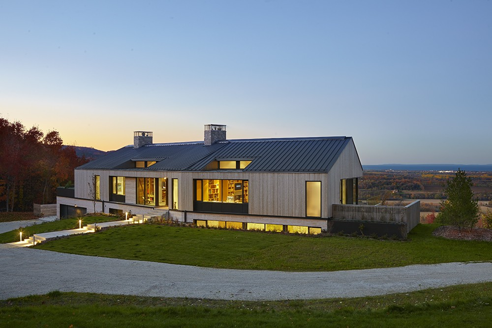 Hilltop House In Duntroon E Architect