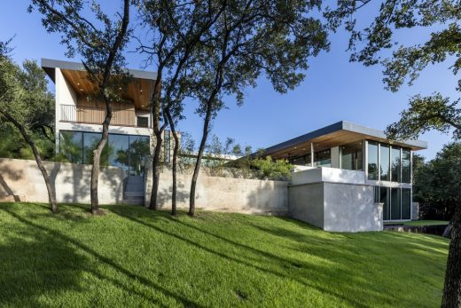 Bracketed Space House