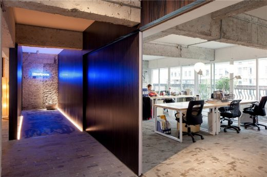 Fashion of Simplicity Blue Space Office