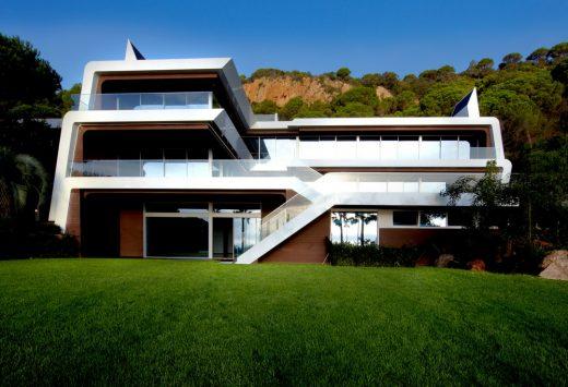 PB4 Villa