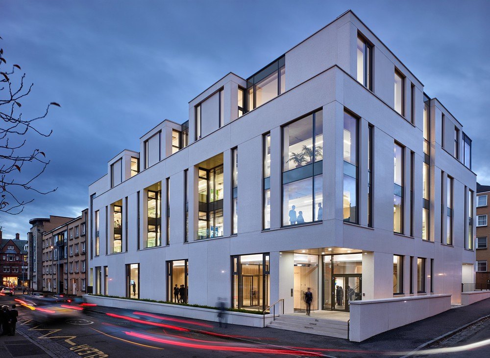 Rias andrew doolan best building in scotland award 2016 for Best builder construction