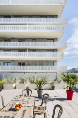 Terrace 9 Housing and Office Building in Nanterre