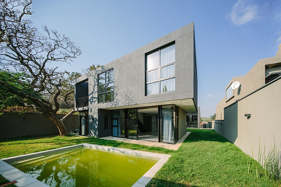 Granite house in johannesburg 7 e architect for Architectural design companies in johannesburg