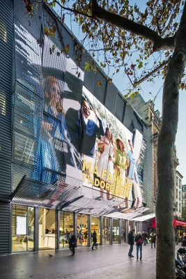 New Alesia Cinema in Paris Building