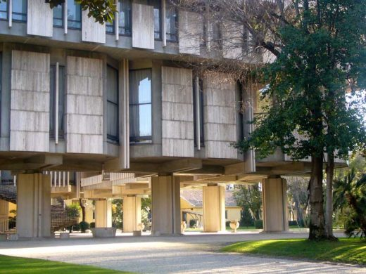 British Embassy Rome building by architect Basil Spence | www.e-architect.com