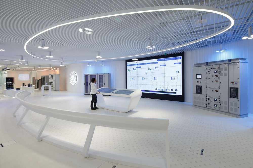 Ge customer experience center in bielsko biala e architect for How to choose an architect for remodel