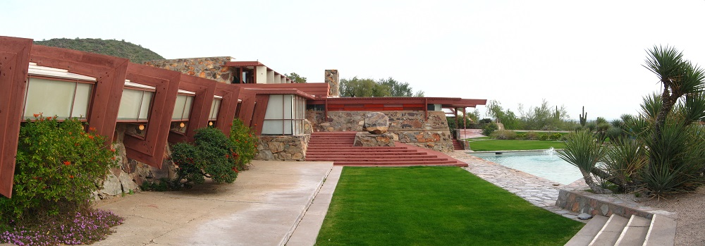 the work of frank lloyd wright in building taliesin west Frank lloyd wright home and studio wright's oak park home and studio served as his residence and workplace for the first twenty years of his career.