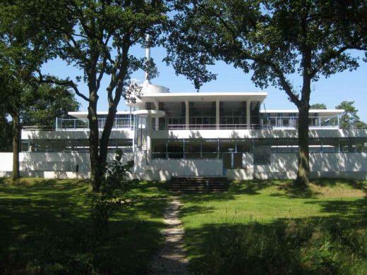 Sanatorium Zonnestraal Modern Hilversum Building | www.e-architect.co.uk