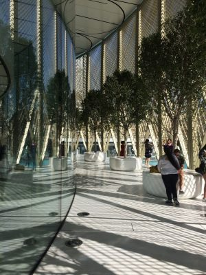 Dubai Mall Apple Store by Foster + Partners | www.e-architect.com
