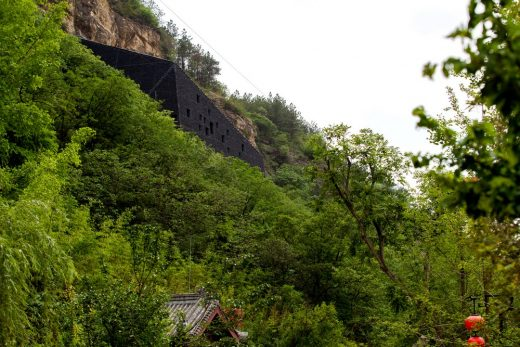 Experimental Structure of the Conservational Architecture of Gianfoya Cliff Inscriptions