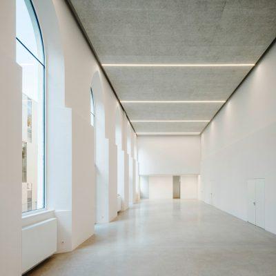 Lycee Francais de Vienne and Studio Moliere