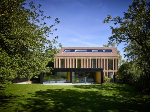 Modern Detached Hertfordshire property