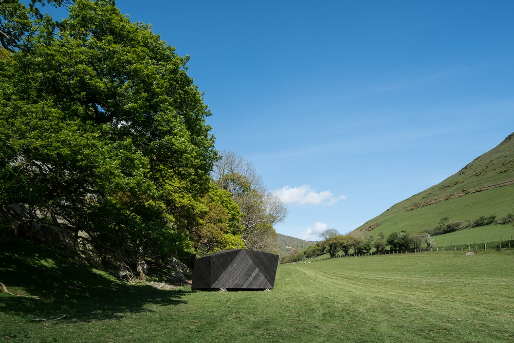 Arthur's Cave Pop-up Hotel Cabin at Castell y Bere   www.e-architect.co.uk