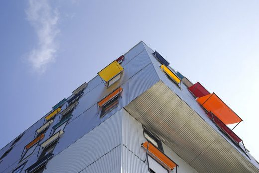 Tam-Tam Housing