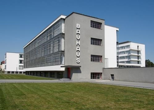 Bauhaus Dessau building - German architecture news